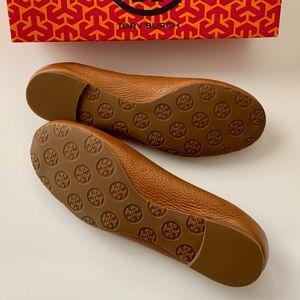 Tory Burch Shoes - NEW Tory Burch REVA Royal Tan Leather (Tonal Logo)